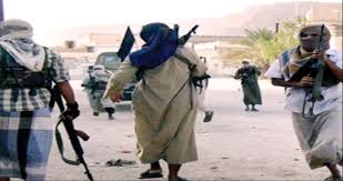 Photo of تحركات نشطة لمسلحي تنظيم القاعدة داخل المنطقة الوسطى في أبين