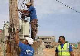 Photo of خليفة الإنسانية تعمل على إيصال الكهرباء لأحياء حديبو في سقطرى